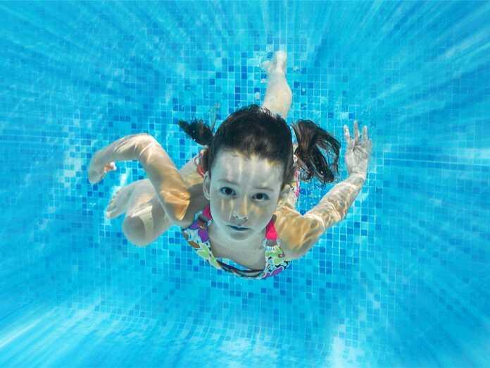 acute and chronic swimmer's ear
