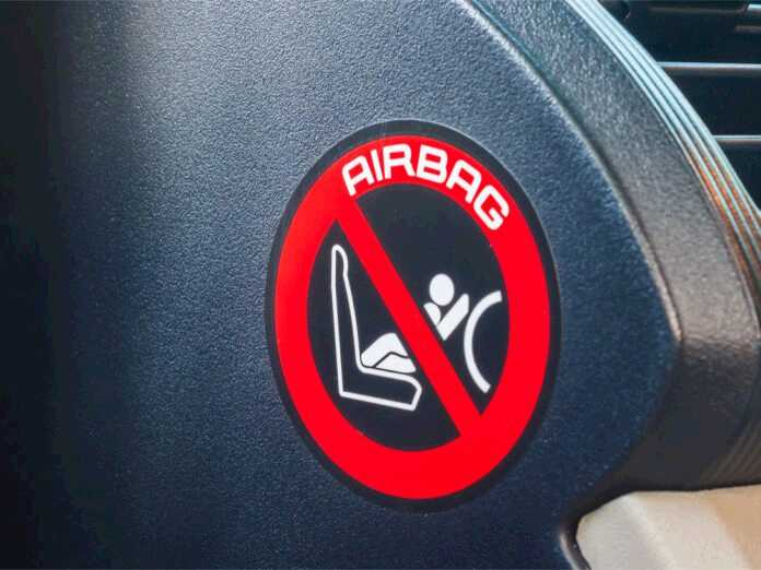 Airbag-induced noise trauma